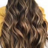 15 Hottest Honey Blonde Hair Color Ideas for 2021