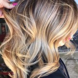 31 Amazing Golden Blonde Highlights for 2021