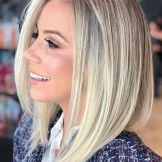 44 Stunning Shoulder Length Blonde Haircuts for 2021