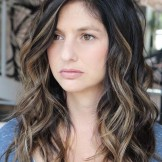 45 Gorgeous Wavy Hairstyles for Long Hair in 2021
