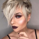 Cute Blonde Pixie Haircuts for Women for Gorgeous Looks in 2021