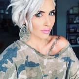 Cute Short Blonde Haircuts for Women to Wear in 2021