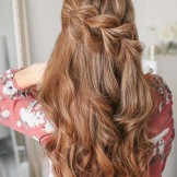 Best Ever Half Up Pull-Through Braids You Must Wear in 2021