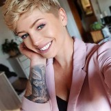 Fantastic Pixie Haircuts & Styles for Short Hair in 2021