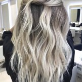 Flawless Blonde Balayage Hairstyles & Haircuts for 2021