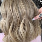Fantastic Lob Cuts & Color Combinations You'll Love in 2021