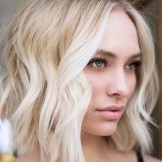 Lovely Textured Blonde Bob Haircuts & Styles for 2021