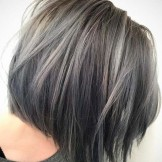 Lovely Haircuts for Grey Hair for More Interesting Look in 2021