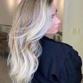 Gorgeous Blonde Hair Color Shades for Long Hair to Try in 2021