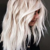 Inspirational Platinum Blonde Hair Colors to Follow in 2021