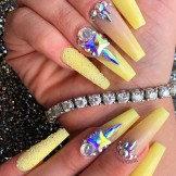 Awesome Long Nail Art Designs with Pearls to Show Off Right Now