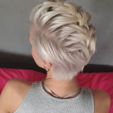 Fantastic Short Pixie Haircut Styles for Women to Wear in 2021