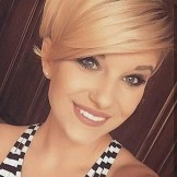 Stylish Pixie Haircuts with Side Bangs for Women in 2021