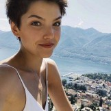 Modern Short Pixie Haircut Styles to Show Off in Year 2020