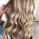 Stunning Shades Of Blonde Balayage Hair Colors to Follow in 2021
